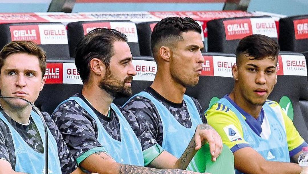 Ronaldo con Chiesa e Pinsoglio.
